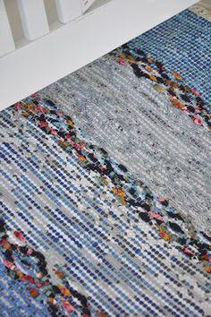 Race Berga stock Swedish Weaving, Textiles, Rag Rugs, Recycled Fabric, Woven Rug, Scandinavian Style, Loom, Pattern Design, Hand Weaving