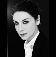 Here is a new pic from Caitriona Balfe's Glamour Italia photoshoot Source