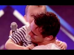 (100) Hot Dad Rocks The Stage and Melts Everyone's Heart With A Smashing Version of Whole Lotta Love - YouTube