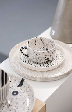 Modern Kitchen Decor : These are the most beautiful place settings weve ever seen!