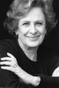 Rosa Lobato de Faria, poetisa, romancista