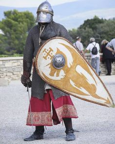 Medieval Armor, Medieval Fantasy, Norman Knight, High Middle Ages, Armadura Medieval, Knight Armor, Medieval Clothing, Chivalry, Dark Ages