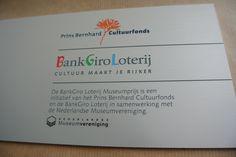 Naambord voor BankGiroLoterij. Gefreesd en met diverse kleuren ingelakt