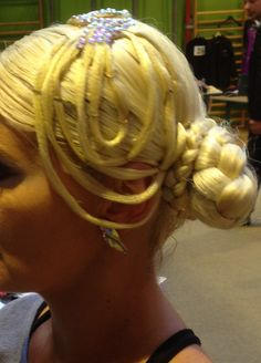 Haarteil von Ines Lang Design Dreadlocks, Hair Styles, Beauty, Design, Hair Makeup, Hair Plait Styles, Hairdos, Haircut Styles
