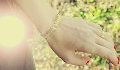 Charlet Bijoux on www.misstribu.com #jewels #joaillerie #bijoux #or #gold #shooting #photo #mode #frojo #inspiration ©Virginie Michel