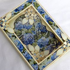 Beccy's Place: boxed card