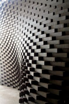 Wall or floor piece of golden bricks (plaques) in non linear arrangement suggests movement. Parametrisches Design, Brick Design, Facade Design, Wall Design, Parametric Architecture, Brick Architecture, Parametric Design, Contemporary Architecture, Contemporary Building