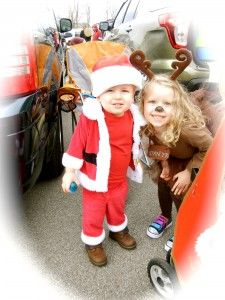Share this! 00000Ever since I had mysecond child , I have wanted my two kids' Halloween costumes to match a theme. A couple of years ago I came up with a Christmas theme for their Halloween costumes. Tossed around ideas about snowmen, a couple of reindeers, Santa and Mrs. Claus. I finally settled on Santa …