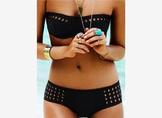 2017 Retro Women Bikinis Hollow Out Swimsuits Sexy Halter Push Up Bikini Set Swimwear Female Bathing Suits Beachwear Biquini Bikini Push Up, Sexy Bikini, The Bikini, Black Bikini, Black Swimsuit, Bikini Dream, Gold Bikini, Black Bandeau, Triangle Bikini