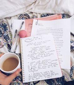 Imagem de books, studying, and focus