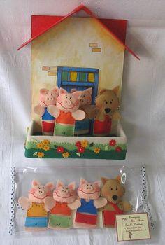Dedoches 3 Little Pigs Felt Puppets, Felt Finger Puppets, Finger Puppet Patterns, Felt Fairy, Three Little Pigs, Felt Dolls, Stuffed Animal Patterns, Felt Animals, Diy Toys