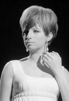 ♡ #BarbraStreisand she is beautoful !!! ;-)