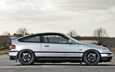 1988 Honda CRX Si #CRX #Honda My first car, loved it! $8.00 in gas for the entire week, very efficient!!