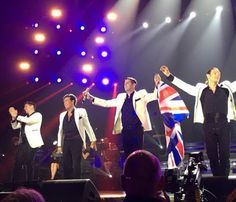 Amor y Pasion Tour in UK