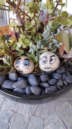 30+ Easy Rock Painting Ideas For Inspiration -  #DIY #easy #rocks #paint #ideas #art #kids