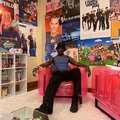 Rickey Thompson (@rickeythompson) • Instagram photos and videos Room Ideas Bedroom, Bedroom Inspo, Bedroom Decor, 70s Bedroom, Bedrooms, My New Room, My Room, Dorm Room, Dream Rooms