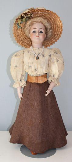 . Old Dolls, Antique Dolls, Vintage Dolls, German Fashion, French Fashion, High Fashion, German Ladies, German Women, Child Doll