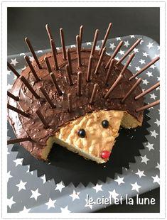 Hedgehog cake - that doesn& stand out! - Hedgehog cake – that doesn& stand out! Cupcakes, Cupcake Cakes, Hedgehog Cake, Hedgehog Birthday, Food Humor, Celebration Cakes, Creative Food, Food Art, Kids Meals