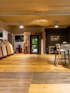 A Relaxed and calming experience will greet you as you enter the HARO showroom, based in beautiful Queenstown amongst a rural setting, not only inspires but makes choosing the right flooring so much easier. #architecture #architecturalstyle #residentialarchitecture #home décor #roomdécor #livingroom #bedroom #kitchen #flooring #wall