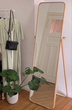 #room #roominspo #mirror #aesthetic #roomaesthetic Room Design Bedroom, Room Ideas Bedroom, Bedroom Decor, Study Room Decor, Bedroom Inspo, Men Bedroom, Decor Room, Pastel Room, Pastel Decor