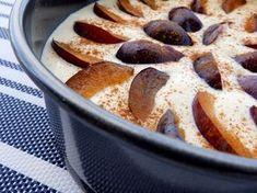Fit sernik - banalnie prosty w przygotowaniu, smaczny, lekki i dietetyczny. Możesz zjeść go nawet na śniadanie. Najlepszy z sezonowymi owocami. Spróbuj!
