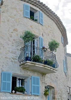 Saint-Paul-de-Vence ~ The Prettiest Hilltop Village in France;  Idea: Look for railing like this for around our front porch extension.