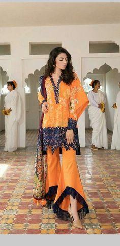 Black and orange/Black lace at the bottom Simple Pakistani Dresses, Pakistani Wedding Outfits, Simple Dresses, Salwar Designs, Blouse Designs, Fashion Pants, Fashion Dresses, Fancy Kurti, Pakistan Fashion