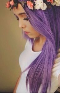 I've always wanted to do my hair purple, if only my hair wasn't so dead from all my previous colours :(
