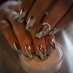 These chrome nails are perfect for any New Year's Eve bash.