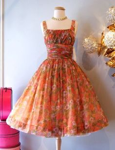 Vintage Dresses, Nice Dresses, Summer Dresses, Dress Outfits, Cute Outfits, Fashion Art, Fashion Trends, Dress Me Up, Amelia