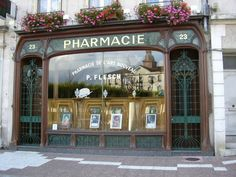 The good news about pharmacies in France is that they are easy to spot and as they almost always have green neon crosses right beside their equally large neon signs. If , however, you ran to the pharmacy to grab a candy bar or buy a mascara that you forgot at home, then chances are you'll be walking away empty handed. While most countries in the world have followed the concept started by CVS and Walgreens of turning the pharmacy into a mini-Walmart, most pharmacies in France have remained…