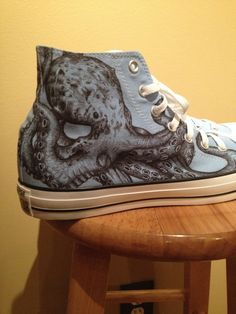 Octopus Converse Custom Shoes by ChromeReflections on Etsy Kraken, Octopus Jewelry, Octopus Art, Octopus Decor, Octopus Tentacles, Shoe Art, Painted Shoes, Custom Shoes, Custom Vans