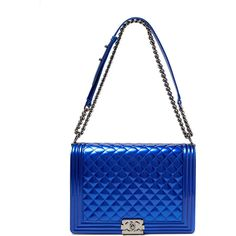 Chanel Electric Blue Patent Large Boy Bag (€6.922) ❤ liked on Polyvore featuring bags, handbags, shoulder bags, chanel, bolsas, purses, vintage patent leather purse, royal blue handbag, chanel handbags and patent leather handbags
