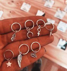 Sterling Silver Twisted Ear Cuff, No Piercing, Simple Earcuff - Double Ear Cuff Fake Cartilage Earring - Custom Jewelry Ideas Spiderbite Piercings, Pretty Ear Piercings, Bellybutton Piercings, Ear Jewelry, Cute Jewelry, Jewelry Accessories, Accesorios Casual, Cute Earrings, Fashion Jewelry