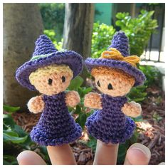 Witch Finger Puppet PDF pattern