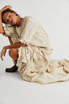Jewels Clothing, Women's Clothing, Free Clothes, Clothes For Women, Vintage Gypsy, Calf Length Dress, Magnolia Pearl, Free People Dress, White Maxi Dresses