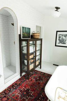 A Lovingly Restored Historic Home In Idaho Falls A Master Bathroom Addition Becomes More In Line With The Style Of The Home Tour On Design*Sponge ideas grey Abandoned Mansion For Sale, Abandoned Mansions, Bathroom Inspiration, Home Decor Inspiration, Decor Ideas, Mansion Interior, Up House, Beautiful Bathrooms, Home Decor Accessories
