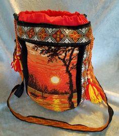 Veske med samisk inspirert dekor. Captain Hat, Arts And Crafts, Hats, Hat, Gift Crafts, Art And Craft, Art Crafts, Crafting