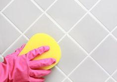 Чистка плитки в ванной