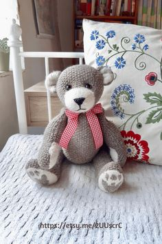 Looking for a unique birthday gift for your bear obsessed friends? Charley is a gorgeous OOAK knitted teddy bear who will go straight for her heart. Click through for even more handmade teddy bear options. Handmade Home, Handmade Christmas, Handmade Gifts, Teddy Bear Gifts, Teddy Bears, Knitted Teddy Bear, Unique Birthday Gifts, Decor Ideas, Gift Ideas