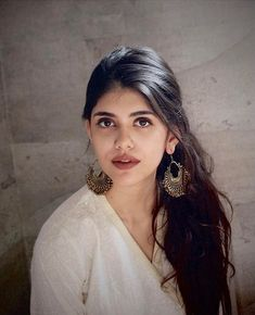 Sanjana Sanghi top 10 hot pictures - Indian film news and pictures Indian Bollywood Actress, Bollywood Girls, Beautiful Bollywood Actress, Beautiful Indian Actress, Bollywood Celebrities, Beauty Full Girl, Cute Beauty, Beauty Women, India Beauty