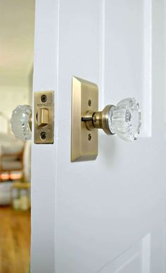 for Modern Doors-DIY-Pack LOT of FOUR 4 Fluted Crystal Glass Passage Knob Set