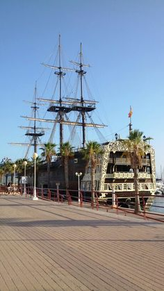 Vascello molto piratesco! Spain