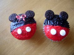 Mickey and Minnie Mouse Cupcakes~ Mini Oreos for ears