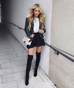 Caught the eye! Cute Girl Outfits, Girly Outfits, Classy Outfits, Skirt Outfits, Outfits For Teens, Pretty Outfits, Casual Outfits, Cute Fashion, Urban Fashion