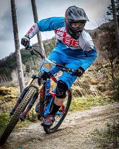 Cracking shot from the Fort William round 2, trucking on to 3rd place on stage 3 which helped in getting 2nd overall and getting some box action #cubebikes #becube #stereo #160 #actionteam #enduro #mountainbike #race #fiveten #CrankBrothers