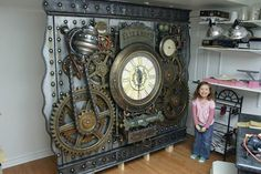 I want, no NEED this un my house!! AMAZING steampunk art wall. Just beautiful.