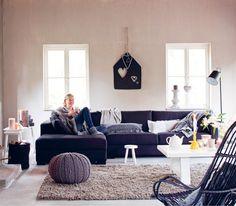 Woonwinkels: Ikea, Het Kabinet, Troubadour, Loods 5, Woonoutlet, Woonfabriek, Nijhof, Silo6, Woonexpress, Riviera Maison, Basiclabel, De Steigerhoutloods, Vanabbeve.nl, ColoursoftheOrient.nl