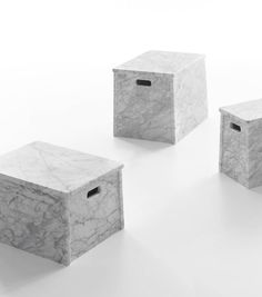 London, Paris, Rome low tables with handles in White Carrara marble by Jasper Morrison for Marsotto Edizioni, Marble Furniture, Design Furniture, Cool Furniture, London Paris Rome, Marble Bedding, Low Coffee Table, Marble Coasters, Modern Bar Stools, Wallpaper Magazine