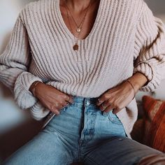 Comfy at home 🍪🥛 // necklaces from @missomalondon #home #acnestudios #levis #ootd